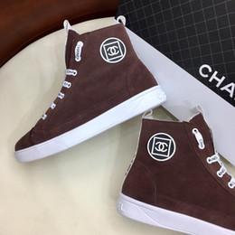 Коричневые бархатные туфли онлайн-Франция c@haneI новый Женская обувь спорт с происхождения коробка из натуральной кожи зашнуровать дизайн плюс бархат стиль зимние женские кроссовки коричневый 35/41