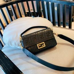 Le donne del 2019 morbide borse a tracolla moda confortevole donna in vera pelle supplier soft handbags da borse morbide fornitori