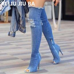 Mulheres botas jeans on-line-Botas Sexy Mulheres Coxa Botas Altas Sobre O Joelho Bottes Botas de Salto Alto Peep Toe Buraco Azul Zipper Denim Jeans Sapatos Botas G248