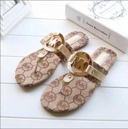 Sandálias das mulheres do baixo preço on-line-2019 Estilo europeu e Americano verão novo estilo clássico das mulheres sandálias chinelos de alta qualidade baixo preço frete grátis 1028-81