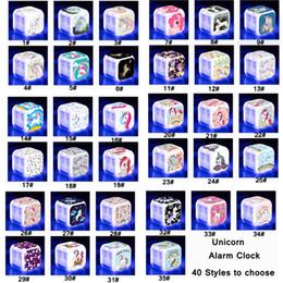 2019 orologi digitali colorati 8cm Unicorn LED Alarm Clock 40Styles Cartoon colorato multifunzione Digital Desk Touch Light Orologio da tavolo Orologio Giocattoli per bambini AAA1453 sconti orologi digitali colorati