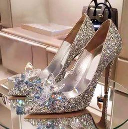 Petites chaussures taille 33 en Ligne-2019 nouvelle mode femmes chaussures Top Grade Cinderella cristal chaussures de mariée en strass avec fleur en cuir véritable grande petite taille 33 à 40