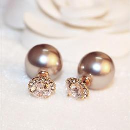 Zwei seiten ohrringe online-2018 Doppel Simulierte Perle Kugel Ohrringe Weißen Kristall Blumen Rose Gold Farbe Doppelseitige Schmuck für Frauen Ohrstecker
