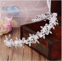 accesorios para el cabello boda india Rebajas Cristal transparente hecho a mano y perlas de la boda Tiara novia diademas mujeres Prom tocado boda nupcial pelo joyería accesorios