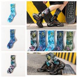 cravatta di pallacanestro Sconti Calze moda tie-dye scheletro skateboard calze in spugna di cotone moda uomo calze calze da basket di grandi dimensioni calze sportive T2B5015