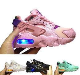 Luzes exteriores para quadra de esportes on-line-Flash Light Air Huarache Crianças 2019 Novos Tênis de Corrida Infantil Run Crianças esportes sapato ao ar livre luxry Tênis huaraches Formadores Kid Sneakers 35