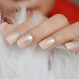 Rosa glitzer nagelspitzen online-Silber Glitter French False Nails Tipps Full Cover Kunstacryl Soft Pink Drücken Sie auf gefälschte Finger Nail Art Back Glue Designed