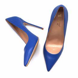 Повседневная дизайнер сексуальная леди мода синий матовая кожа острым носом белый питон женщина Леди 12 см 100 мм 8 туфли на высоком каблуке размер насоса 33,34,44,45 от Поставщики белая матовая обувь
