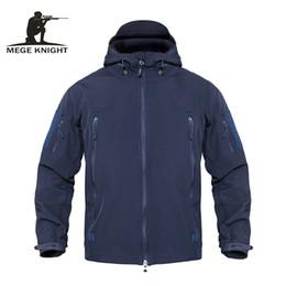 MEGE Taktik Ceket Erkekler Su Geçirmez Kamuflaj Polar Ceket Softshell Rüzgarlık Kış Ordu Kapüşonlu Ceket Avı Giysileri cheap softshell hunting jackets nereden yumuşak av ceketleri tedarikçiler