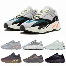 2019 alto invierno cortar zapatos corrientes 2019 Wave Runner 700 V2 Zapatillas de running para hombre Malva Inercia Geode Kanye West Athletic Zapatillas deportivas de deporte Zapatillas de deporte de mujer al aire libre
