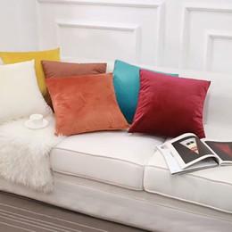 Cojines personalizados online-Urijk 1 UNID Cómodo Color Sólido Funda de Almohada Funda de Cojín de Terciopelo de Lujo Personalizar Decorativo Throw Pillow Covers Club Company
