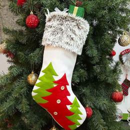 2019 meias artesanais Chrismas Socking Sacos de Presente Mão Fazendo Artesanato Pendurado Meias Xmas Tree Pattern Saco de Presente Decoração Meias Doces Festival Suprimentos 08 meias artesanais barato