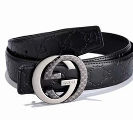f6870ea97d Cintura di design in pelle con lettere incise cinghie di rame fibbia  cintura di lusso in pelle di alta qualità nera lettere lettere in rilievo