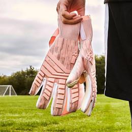 Ad-fußball online-2019 AD Predator Pro Neueste Torwarthandschuhe Rosa Farbe Top Latex Fußball Fußballhandschuhe-Latex Plam Torwarthandschuhe Bola De Futebol
