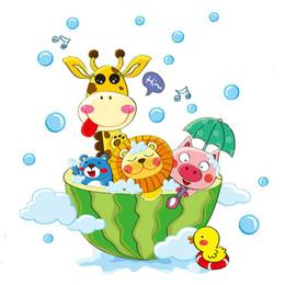 duschraumaufkleber Rabatt Nette Tiere in der Badewanne Dusche Wandaufkleber Bad Blasen Aufkleber für Kinderzimmer Baby Room Home Decoration Art Decals Decor