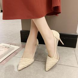 talons à volants Promotion Été Femmes Pompes 2019 Confortable Creux À Pointu Chaussures À Talons Hauts Femme À Volants Unique Chaussures Dames Stiletto De Mariage