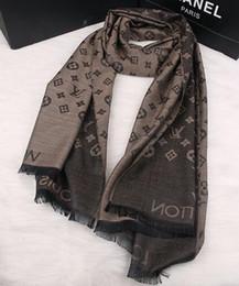 Marca de moda bufanda de mujer bufanda de seda de mujer abrigos cálidos de la señora chal tamaño 190 * 70 cm desde fabricantes