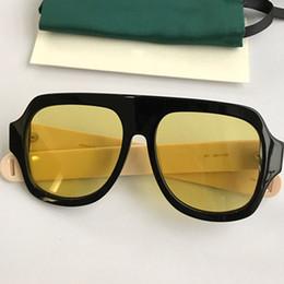 Occhiali in rettangolo online-Occhiali da sole di lusso per le donne Occhiali di design popolari Square Summer Style Rectangle Full Frame Protezione UV400 di alta qualità Vieni con il pacchetto