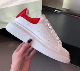vestir zapatos de ballet Rebajas 2020 del cuero para mujer para hombre blanco de la manera Negro plataforma trasera zapatos planos de los zapatos ocasionales de las zapatillas de deporte Señora Negro Chaussures mujeres blancas