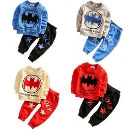 jungen kleinkind hoodie Rabatt Herbst INS Kleinkind kleine Jungen Kleidung Sets Langarm Sweatshirts mit Pnats 2 Stück Anzüge Kinder Jungen Frühling Batman Hoodies