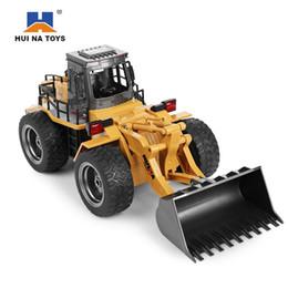Металлические строительные машины для игрушек онлайн-Huina1520 Rc Car 6ch 1 / 14 грузовиков металлический бульдозер зарядки Rtr пульт дистанционного управления грузовик строительная машина автомобили для детей игрушки подарки