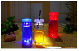Beleuchtung plastikscheiben online-DHL senden LED Aufkleber Coaster Discs Licht für Saft Flasche Klar Kunststoff Coaster Party Hochzeit Bar Party Dekoration