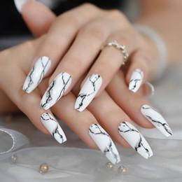 24 Stk.Weiss Ballerina falsche Nägel extralange Coffin Wohnung Drücken Sie auf gefälschte Nägel Salon Partei Finger Kleber auf Abnutzung Faux Ongle