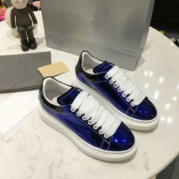 Canada Pas cher Designer De Luxe Hommes Femmes Sneaker Casual Chaussures Bas Haut Italie Marque Ace Bee Stripes Chaussure Marche Sport Entraîneurs xrx19041304 supplier italy brand shoes Offre