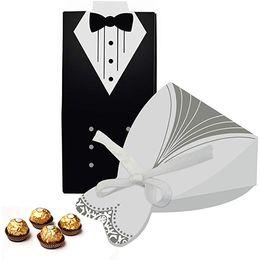 держатели для лазерной резки Скидка Творческий смокинг свадебное платье коробка конфет 50 шт. Оптом Конфеты Шоколад Подарочная коробка Bonbonniere для владельцев свадьбы пользу Лазерная резка карты с лентой