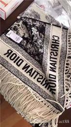 2019 bufanda de rayas azul blanco nueva bufanda de cachemira suave marca de moda diseñador clásica bufanda de cachemira de los mantones de las mujeres y los hombres 180 * 70cm
