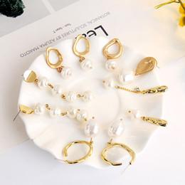 Orecchini di goccia naturale della perla online-2019 9 Stili Boemia perle naturali lunghi ciondola gli orecchini di goccia orecchini di dichiarazione per le donne ragazze gioielli della festa nuziale di regalo M797F