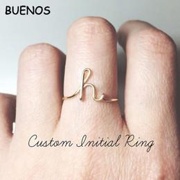 Le lettere anelli di dito online-BUENOS Unisex A-Z 26 lettere iniziali color oro argento Anelli per donna Uomo Lega geometrica Anelli di barretta creativi Gioielli da donna