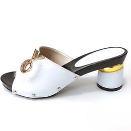 sapatas do projeto que combinam sacos Desconto Doershow Sapatos de Festa africano sem Correspondência Saco para As Mulheres Senhoras Sapatos de Design Italiano branco PU de Couro top quality SLW1-1