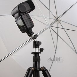 2020 supporto porta ombrello scarpa Photo Studio Accessori per fotocamera Flash Staffa Hot Shoe Umbrella Holder girevole del basamento della luce Adattatore Photo Studio Accessori supporto porta ombrello scarpa economici