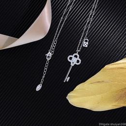 Tarjetas de amante online-Tecla de bloqueo de los collares pendientes de joyería Día de tarjeta de regalo de las mujeres amantes de la moda cúbico Declaración de circón clave Gargantilla collar de clavícula Valentine