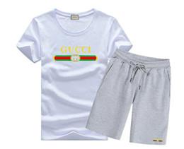 2019SS moda Chegou Verão Homens T-shirt Terno Dos Homens Plus Size Manga Curta O-pescoço Imprimir Camisa e Shorts Conjuntos Homens de Fornecedores de origens de qualidade
