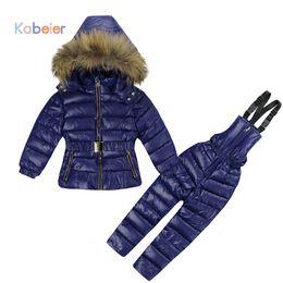 Filles russes d'hiver vêtements ensembles pour enfants Polyester Jumpsuit Snow Jackets + Pantalon bavette 2pcs ensemble manteaux veste avec capuche de fourrure ? partir de fabricateur