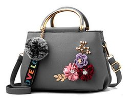 Diseñador grandes bolsos negro online-2018 marca de lujo de las mujeres bolsos a cuadros bolsa de asas grandes bolsos femeninos diseñador de cuero negro gran bandolera cadena bolsa de mensajero chica