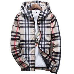 Chaquetas de primavera moda coreana online-2019 primavera y otoño nuevos hombres chaqueta de diseñador de moda coreano casual chaqueta a cuadros con capucha ropa