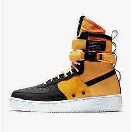 f33188c13a6 2018 Doble hebilla af1 de calidad superior NUEVA moda de hombre el 1 07  baja alta superior blanco zapatos casuales Zapatillas de skate Mujer negro  amor ...