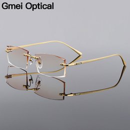 Diamante aparamento óculos sem aro Quadro Gradient Brown Tint Plano Lentes Q6607 de Men Liga Gmei Optical retângulo dourado Titanium de Fornecedores de óculos de sol vogue grossista
