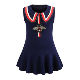 new european dress designs Promo Codes - Multi Choice New Arrival Summer Girls Elegant sleeveless Bee Embroidery Design high quality cotton baby kids big plaid dress