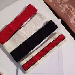 2019 headbags de exercícios grossistas Designer de alta Qualidade Elastic Headband para Mulheres Homens Amor Marca de Moda Hairband Senhoras Menina Retro Cachecol Turbante Headwraps Sweatbands Presente