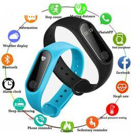2019 pulseira de fitness baratos Barato novo smart pulseira de fitness monitor de freqüência cardíaca relógio relógio pedômetro atividade rastreador para ios / xiaomi / honor mi banda pk 2/3/4 pulseira de fitness baratos barato