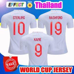 Toptan Tayland Kalite 2018 İngiltere Dünya Kupası Futbol Forması Takımı 9 # KANE 10 # STERLING 11 # VARDY 19 # RASHFORD 20 # DELE Futbol Gömlek nereden