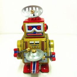 Robôs de estanho on-line-[TOP] coleção Classic Retro Clockwork Wind up Metal Andando Tin Band Play gongo tambor robô recall Mecânica toy kids presente