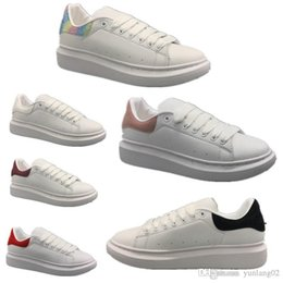 2019 oxford vestir-se sapatos mulheres 2019 Luxo Desinger Mulheres Homens Sapatos Casuais Oxford Vestido Sapatos para Homens Desinger Plataforma Sapatos De Couro Lace Up Wedding Daily Sneaker 35-45 oxford vestir-se sapatos mulheres barato