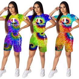 Tenues de cravate noire en Ligne-Tie-dye Champion Marque Femmes Tenues 3D Print Black Hole T-shirt + cycliste Short luxe Summer Shorts Ensembles de mode arc-en-Survêtement C62704