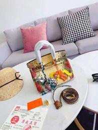 2020 bolsos de cuero de pitón Bolsas de cuero para las mujeres Oro Madre Mujer 2019 nuevos bolsos de Paquetes Python Sra Wen Contratados de gran capacidad con el bolso de alta calidad rebajas bolsos de cuero de pitón