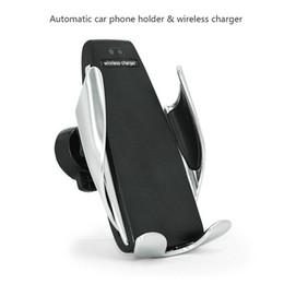 S5 Автоматическое Зажима Беспроводное Автомобильное Зарядное Устройство Для iphone Android Air Vent Держатель Телефона 360 Градусов Вращение Зарядный Кронштейн от
